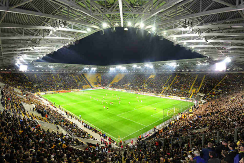 """Das Stadion trägt nun wieder den Namen """"Rudolf Harbig Stadion"""""""