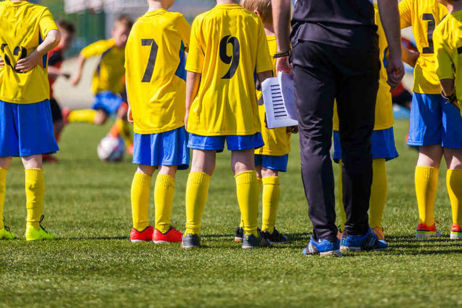 Beim Jugendfußball geht es um Spaß, Weiterentwicklung des Einzelnen und Vorbildfunktion. Werte, die einem Trainer am Wochenende in Wixams fern waren.
