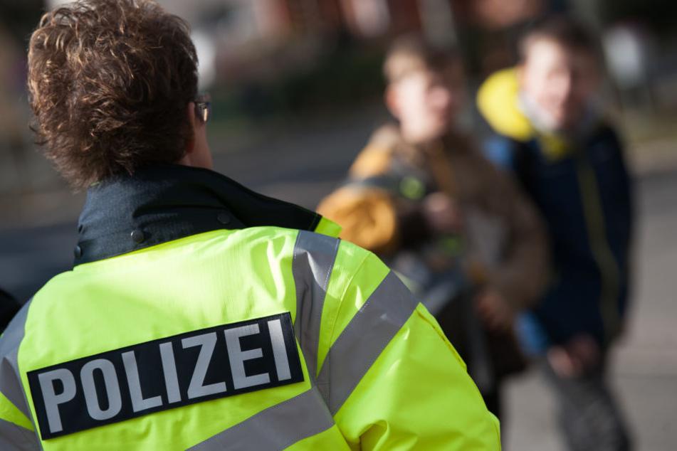 Die Polizei konnte die Tatverdächtige festnehmen. (Symbolbild)