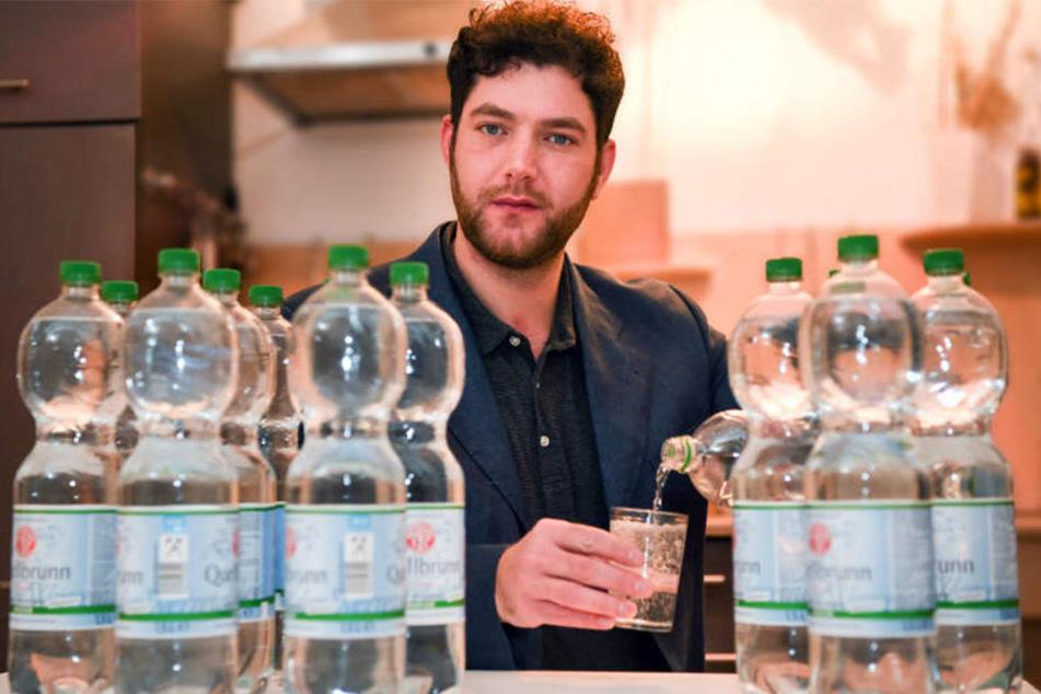 20 Liter Wasser muss Marc Wübbenhorst täglich trinken, sonst stirbt er