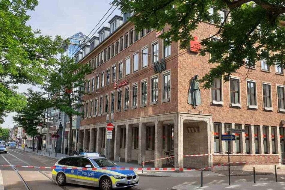 Der Großeinsatz in Neuss wurde von einem 12-jährigen Jungen ausgelöst.