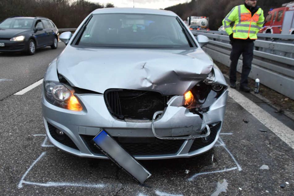 Viele der hinten fahrenden Autos konnten nicht mehr rechtzeitig bremsen.