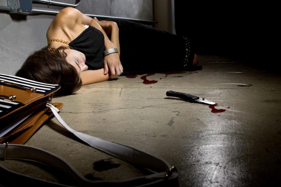 Die junge Hildenerin wurde bei dem Streit mit einem Messer schwer verletzt.