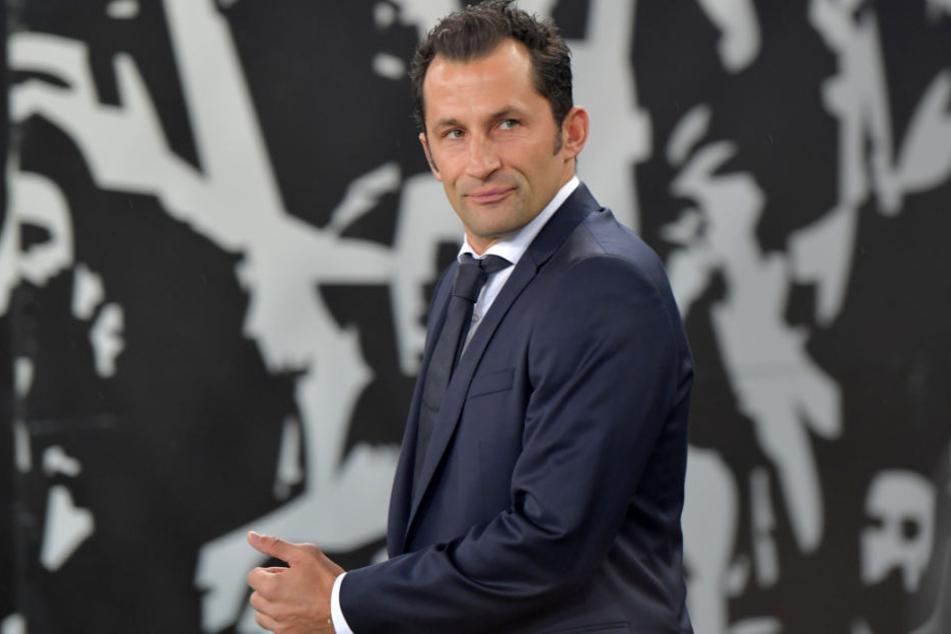 Bayern-Sportdirektor Hasan Salihamidzic will Transferaktivitäten nicht ausschließen. (Archivbild)