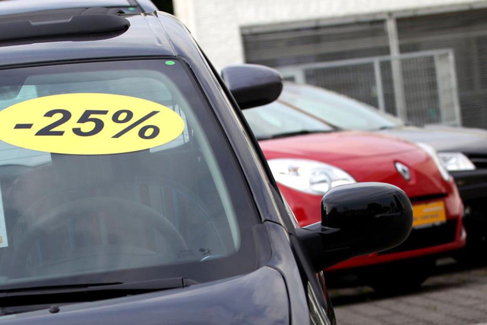 Nach einer Probefahrt wurde ein Dieb selbst zum 'Autohändler'. (Symbolbild)