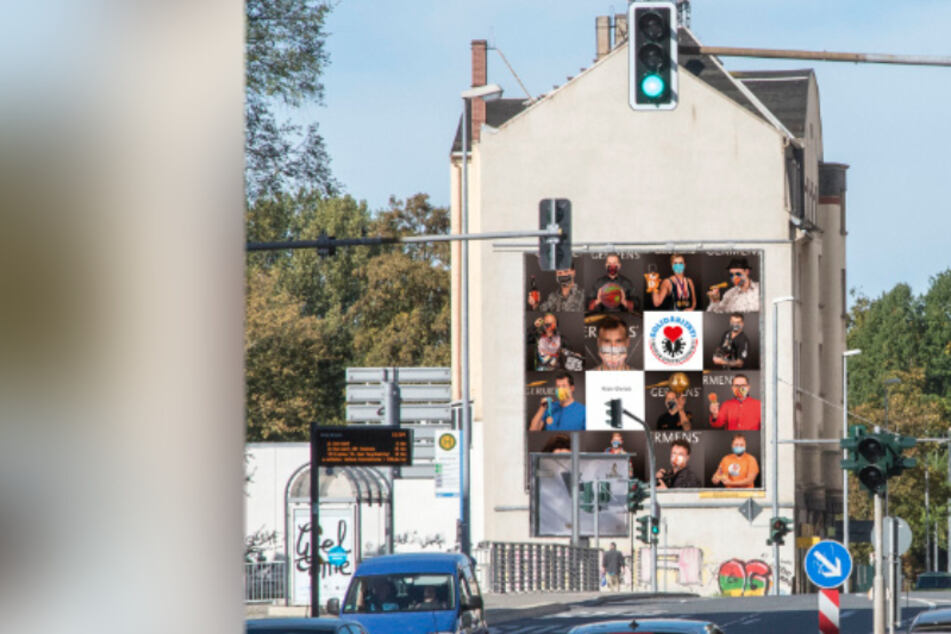 Chemnitz: Noch ein Mega-Plakat in Chemnitz geplant: 15 maskierte Promis werben für Mundschutz