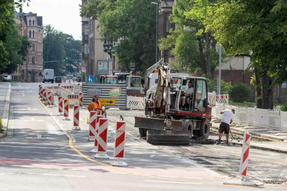 Die Zwickauer Straße ist an der Kappler Drehe schon wieder gesperrt.