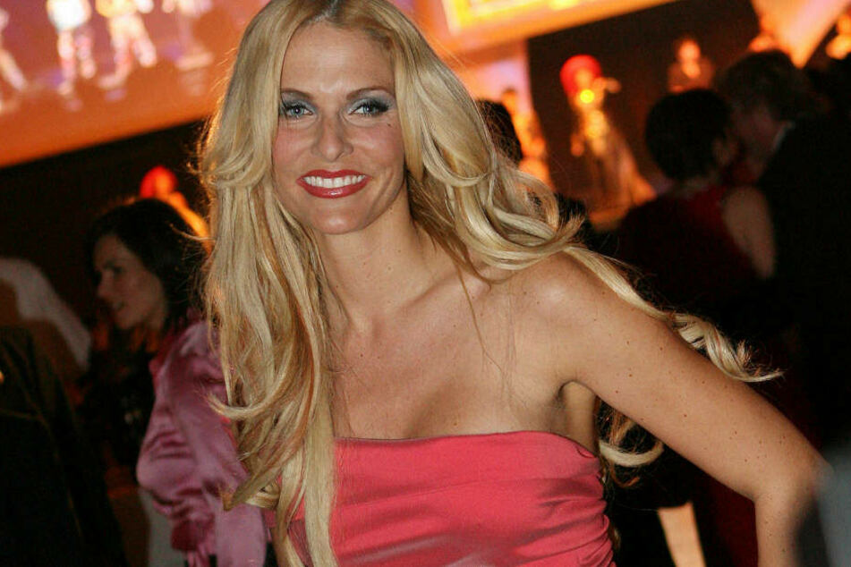 Sonya Kraus auf dem Ball des Sports 2007 in den Rhein-Main-Hallen in Wiesbaden: In dieser Zeit gab es kaum ein Promi-Event in Deutschland, an dem sie nicht teilnahm.