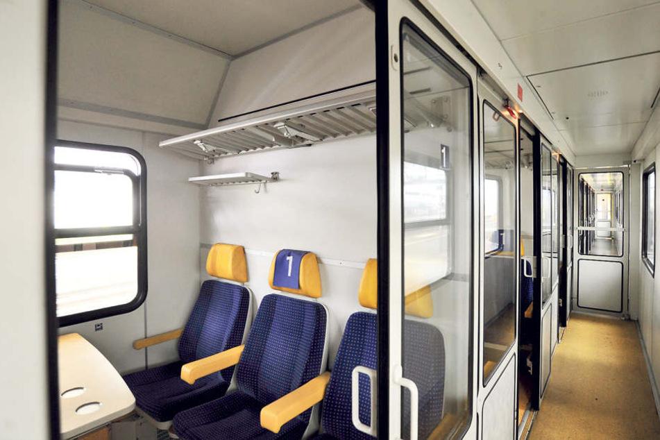 Nach einem sexuellen Übergriff im  Zug nach Chemnitz fordern die Linken Konsequenzen. Verschließbare Abteile machen vielen Frauen Angst.