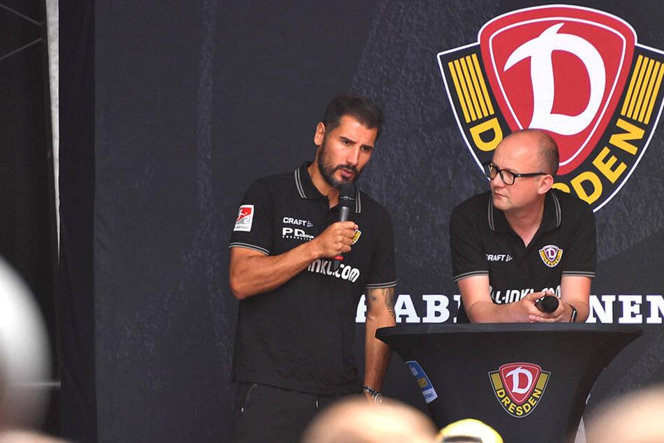 Dynamos Cheftrainer Cristian Fiel (l.) und Moderator Jens Umbreit plauderten auf der Bühne angeregt.