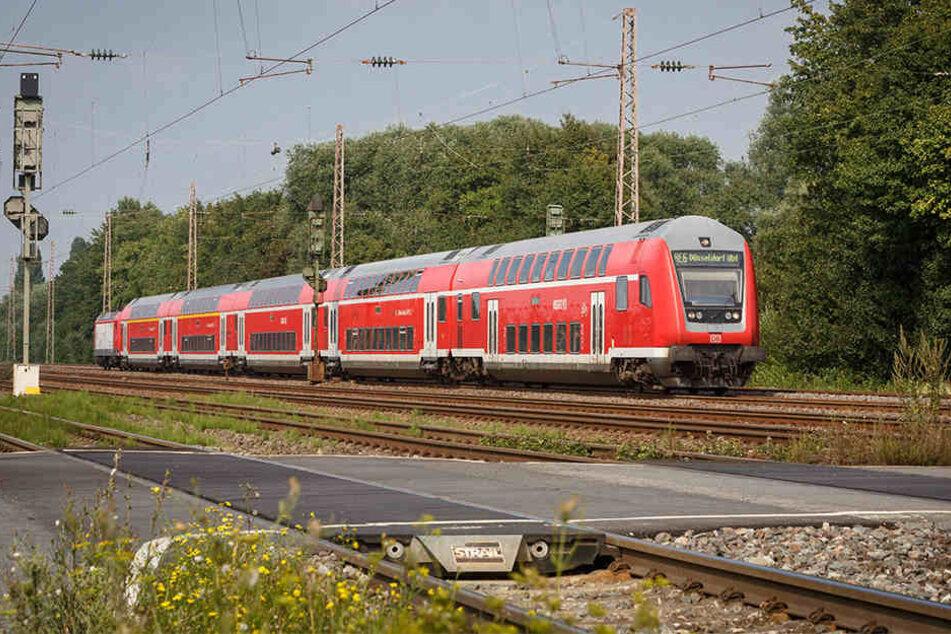 Im Regionalexpress 1 hat die Bundespolizei den Mann am Dortmunder Hauptbahnhof festgenommen.