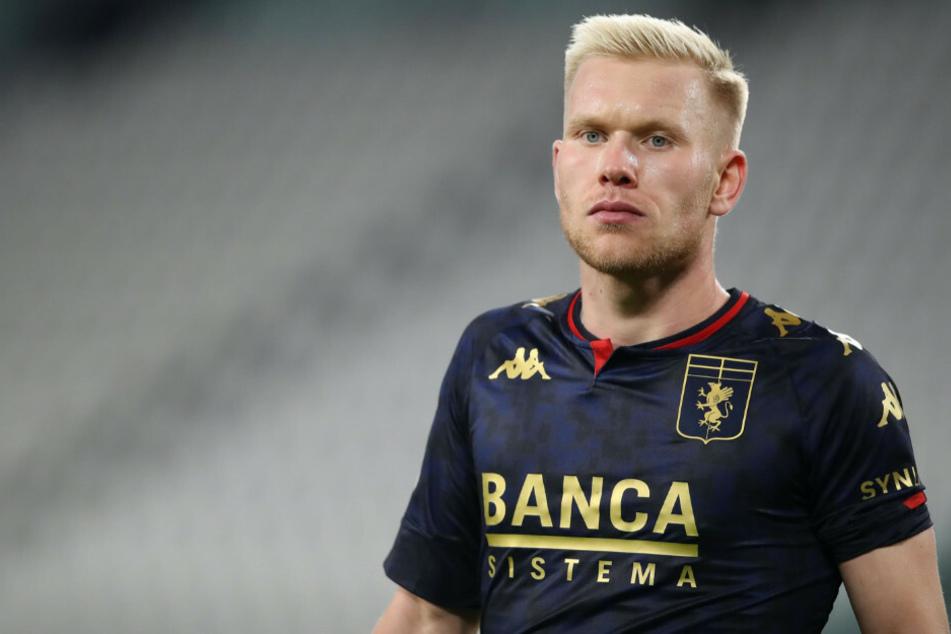Der Berliner Lennart Czyborra (21) feierte am Mittwochabend im Achtelfinale der Coppa Italia seine Torpremiere für den CFC Genua.