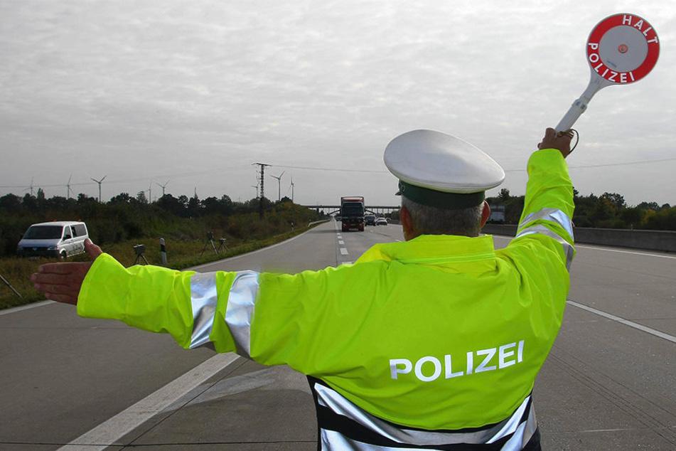Die Bundespolizei war erfolgreich: Die Beamten konnten 18 gesuchte Straftäter abfangen. (Symbolbild)