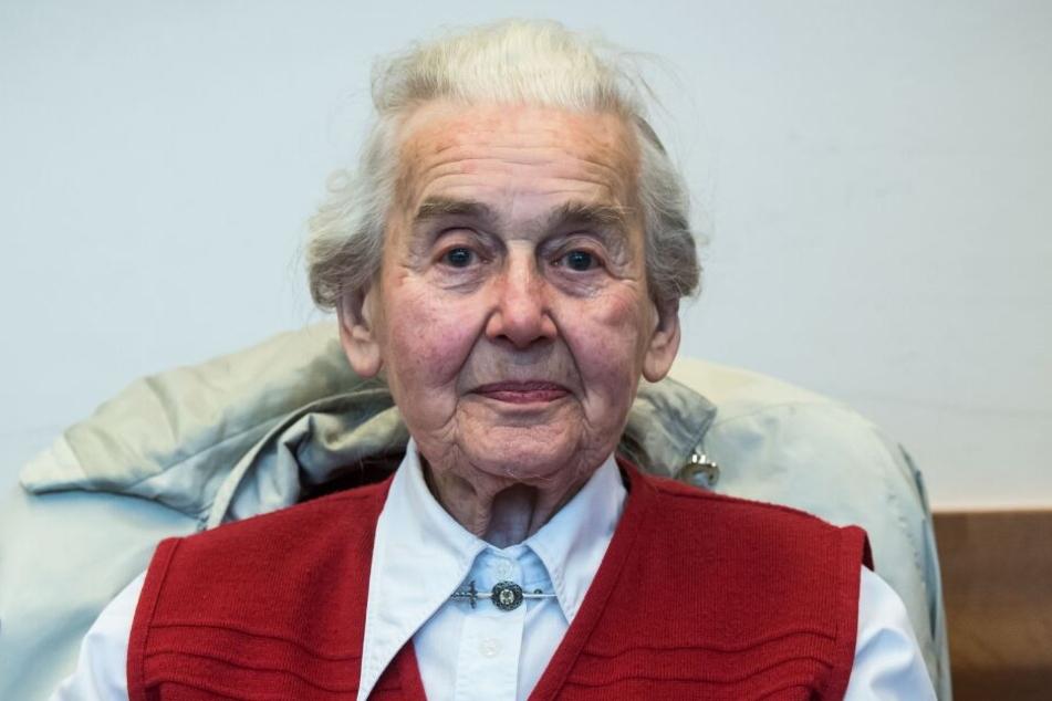 Ursula Haverbeck sitzt mit fast 90 Jahren im Knast.