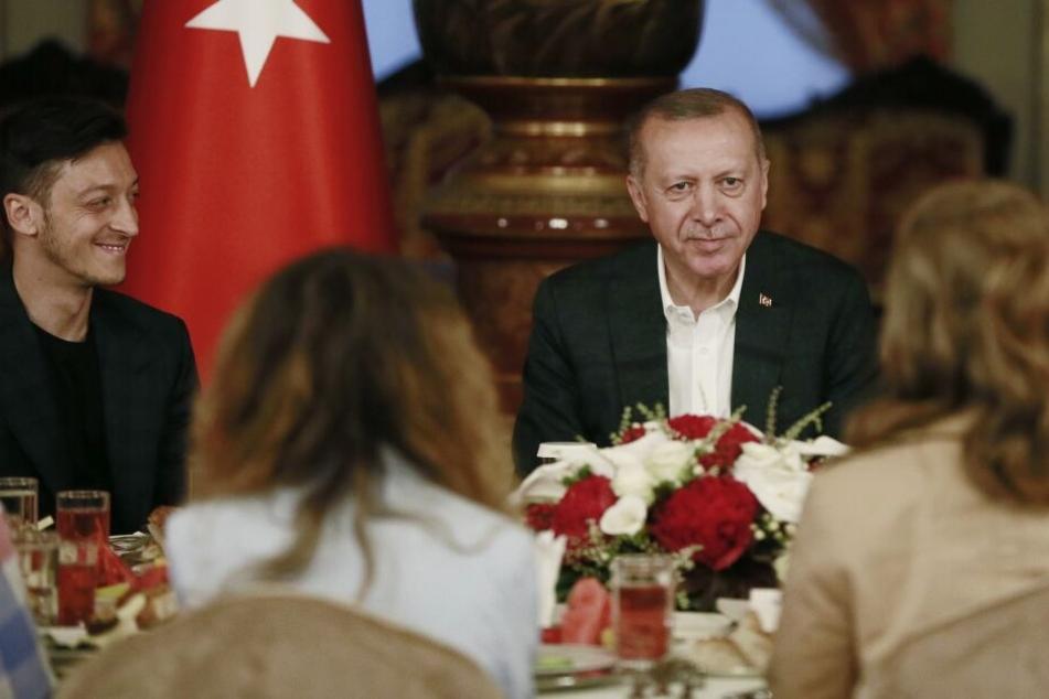Wird Erdoğan Trauzeuge? Mesut Özil heiratet diesen Freitag in Istanbul
