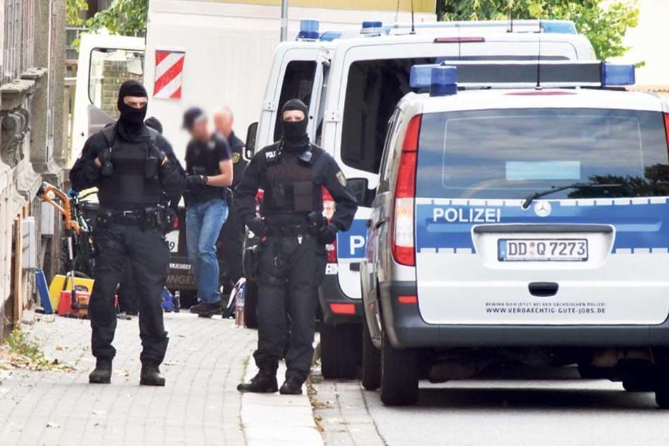 Kopfschuss auf Beifahrer: Das steckt hinter den Razzien in Sachsen