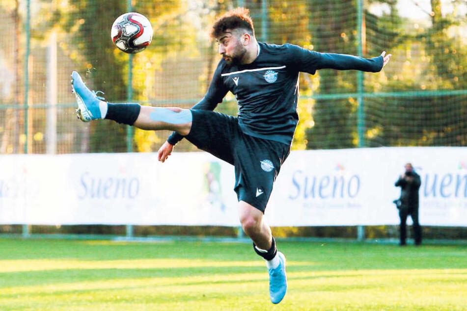 Aias Aosman zieht derzeit beim türkischen Zweitligisten Adana Demirspor die Fäden im Mittelfeld.