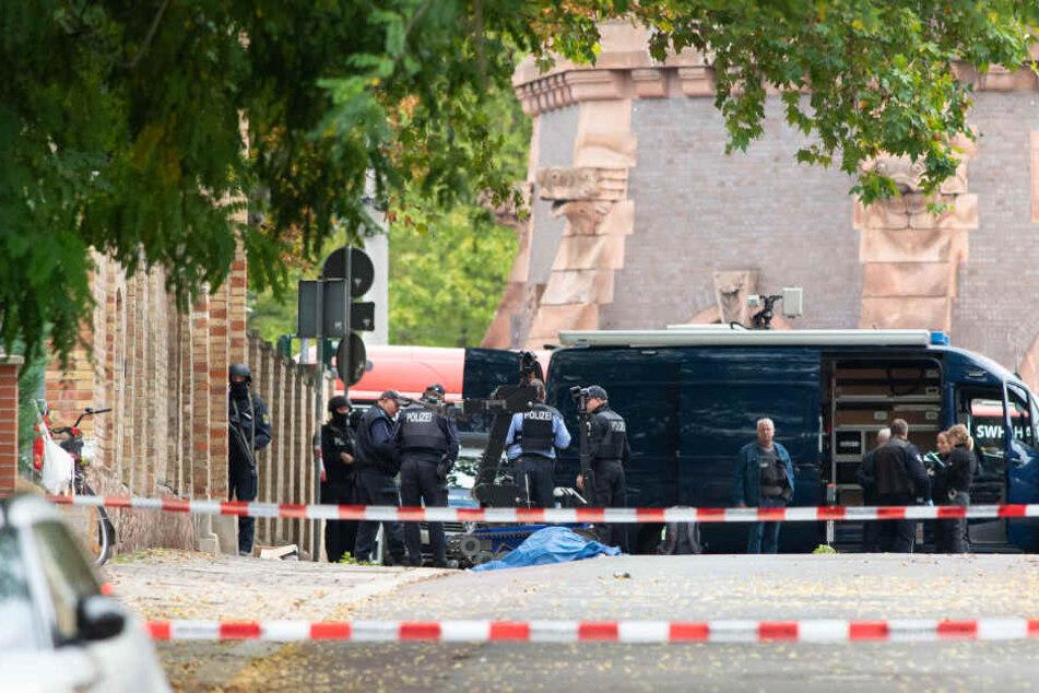 Ein Rechtsextremist hat im Oktober bei einem Anschlag in Halle zwei Menschen getötet. (Archivbild)