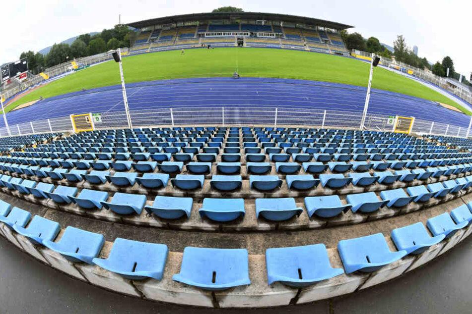 Im Ernst-Abbe-Sportfeld in Jena fehlt derzeit eine Flutlichtanlage.