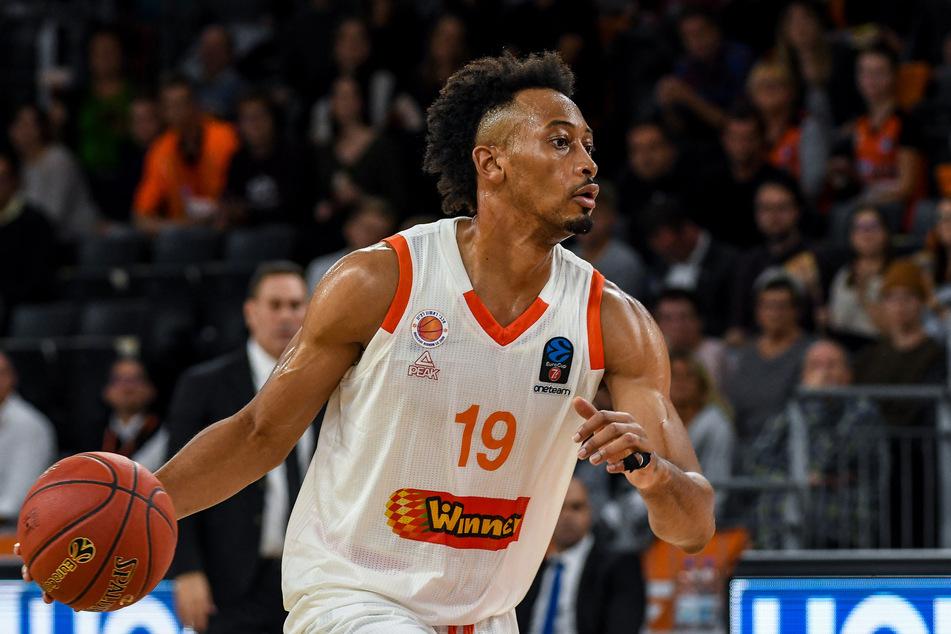 Basketball-Bundesligist Niners Chemnitz hat am Dienstag Johnathan Williams (25) verpflichtet.