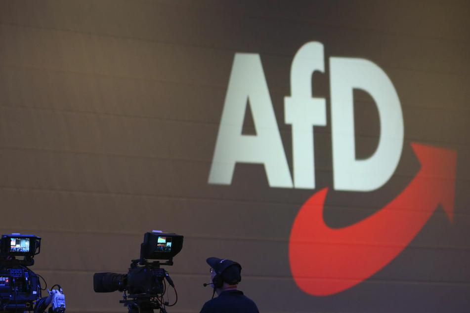 Der AfD-Landesverband darf vom Verfassungsschutz in Brandenburg vorerst weiter als rechtsextremistischer Verdachtsfall bezeichnet werden. (Symbolfoto)