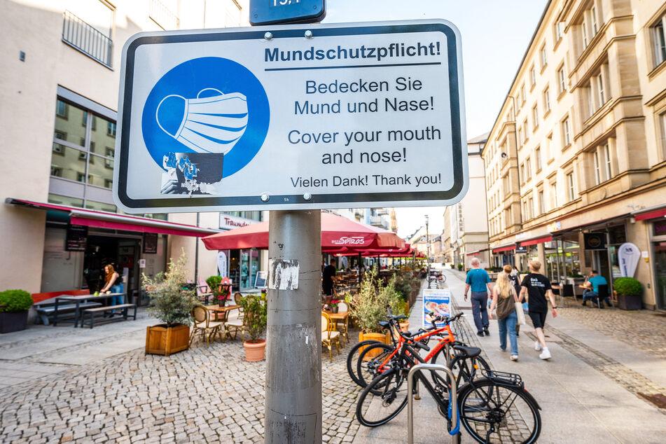 In der Chemnitzer Innenstadt gilt weiter Maskenpflicht.
