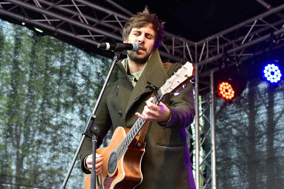 Max Giesinger (28) gab in Lichtenstein ein kleines Konzert für rund 300 Grundschulkinder.