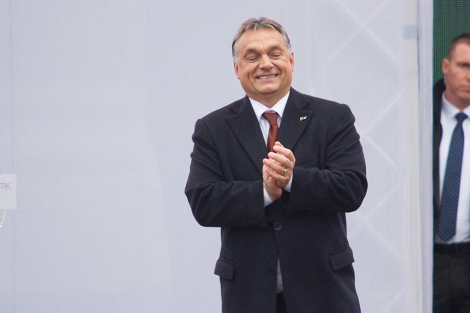 Ungarns Ministerpräsident Viktor Orbán (53) hat neue Ideen zur Eindämmung des Flüchtlingsstromes.