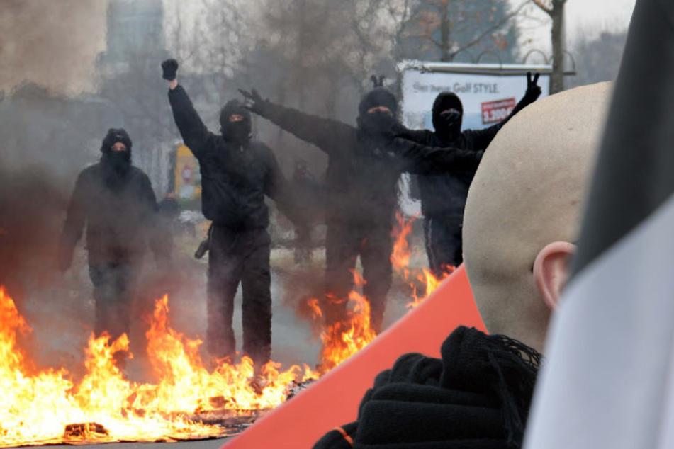 Sowohl die Zahl rechts- als auch linksextremer Gewalttaten ging im 1. Halbjahr 2018 in Berlin zurück. (Bildmontage)