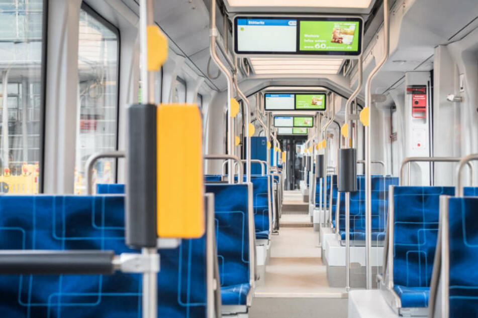 Hell, modern, freundlich - damit punktete die Riesen-Straßenbahn.