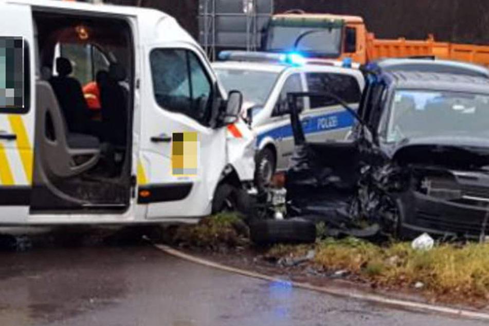 Horrorcrash im Morgengrauen! Neun Verletzte bei Unfall