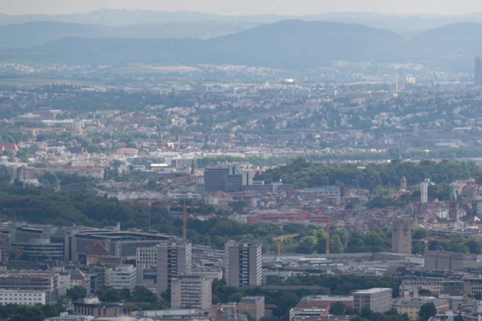Blick über die Stadt Stuttgart vom Birkenkopf aus.