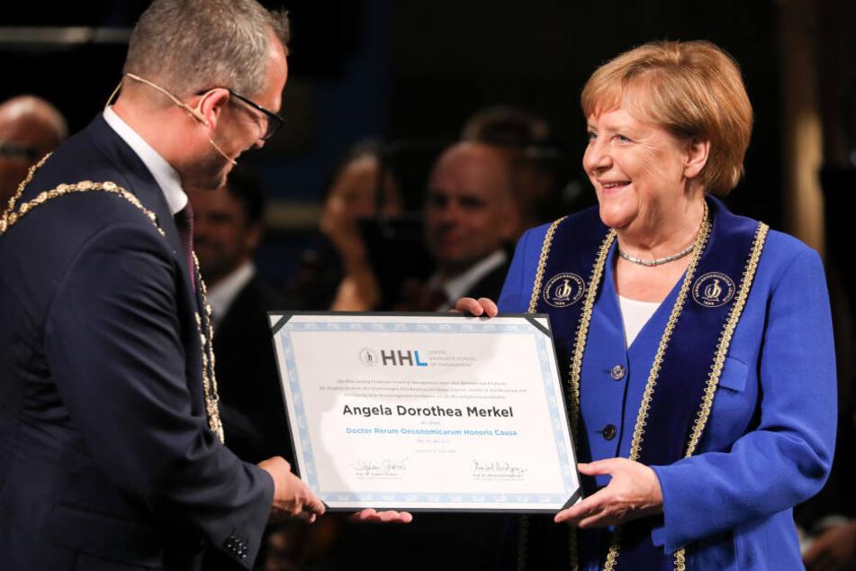 Angela Merkel erhielt am Samstag die Ehrendoktorwürde der Leipziger Handelshochschule.