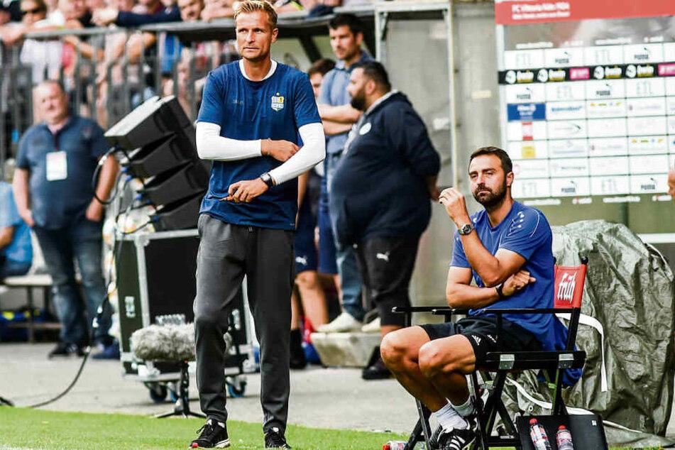 Diese Gesichter sprachen Bände: CFC-Chefcoach David Bergner (M.) und sein Co Sreto Ristic waren vom Auftritt ihrer Mannschaft eine Stunde lang enttäuscht.