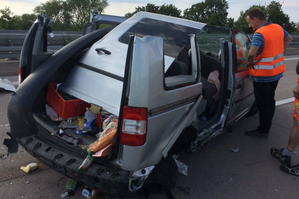 Ein Geisterfahrer (67) sorgte am Montagnachmittag auf der Autobahn 9 zwischen Naumburg und Droyßig (Sachsen-Anhalt) für ein Verkehrschaos.