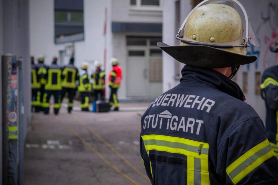 Verkehrs-Behinderungen in Stuttgart: Werkstatt in Innenstadt brennt