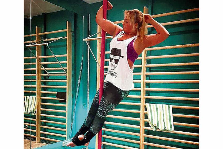 Als Poledancerin hatte Jana sich in der Szene und in sozialen Medien einen Namen gemacht. Das Ende dieses Lebensabschnitts kam abrupt.