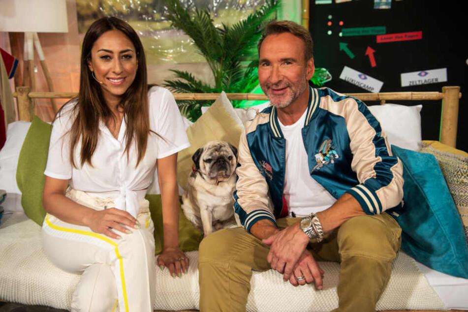 """Moderieren die """"Late Night Show"""" auf Sixx: Melissa Khalaj (30) und Jochen Bendel (51)."""
