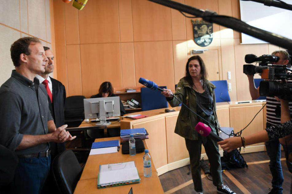 Monatelang bedroht und erpresst: Opfer sagte im Falk-Prozess aus