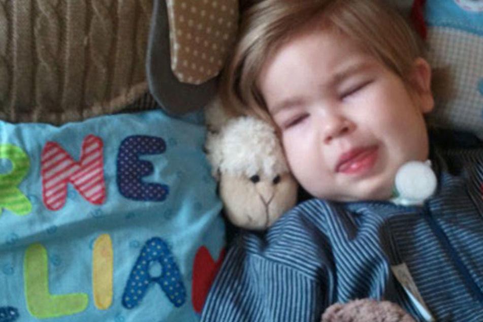 Der sechsjährige Arne William liegt seit fünf Jahren im Wachkoma.