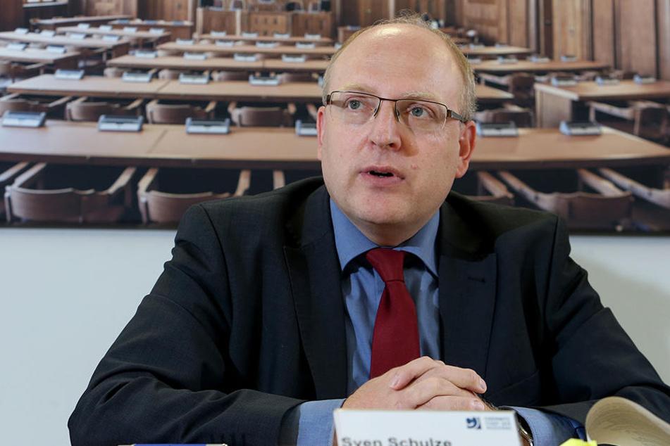 Kämmerer Sven Schulze (44, SPD)