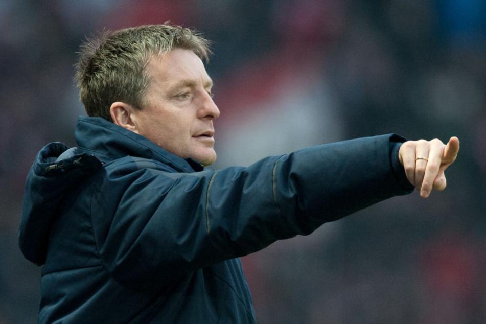 Co-Trainer Rainer Widmayer wird den Verein voraussichtlich am Saisonende verlassen und zum VfB Stuttgart wechseln.