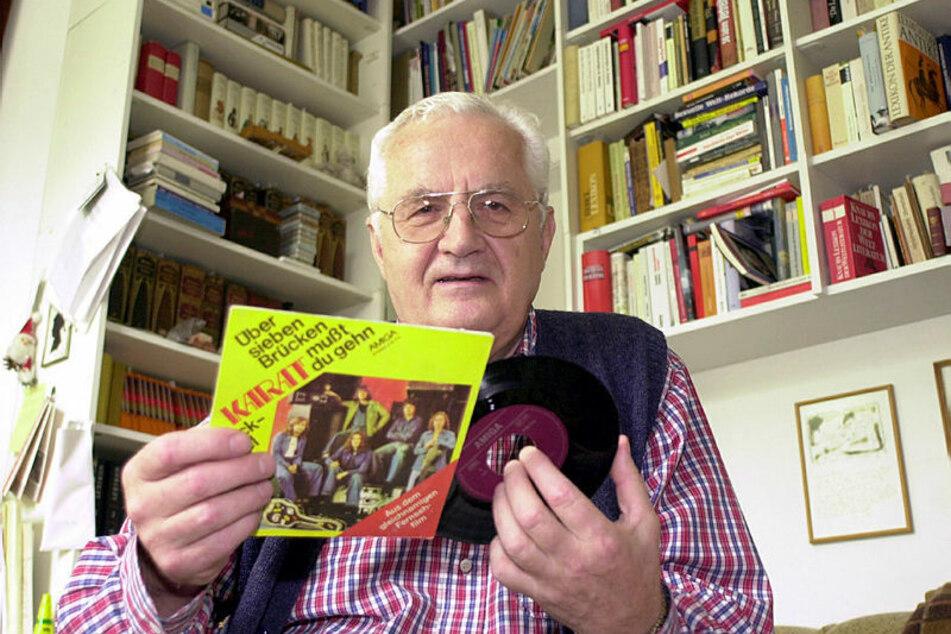 """Sein """"Brücken""""-Song ist Mutmacher in schweren Zeiten: Der Leipziger Lyriker Prof. Helmut Richter (†85) schrieb den Text zu dem Hit."""