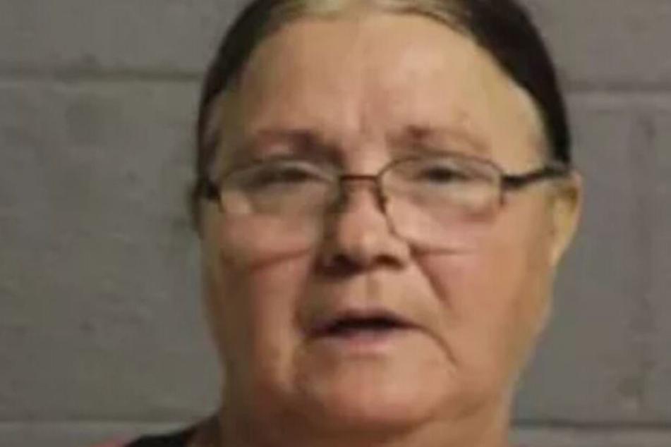Sharon Baker auf einem Mugshot der Polizei.