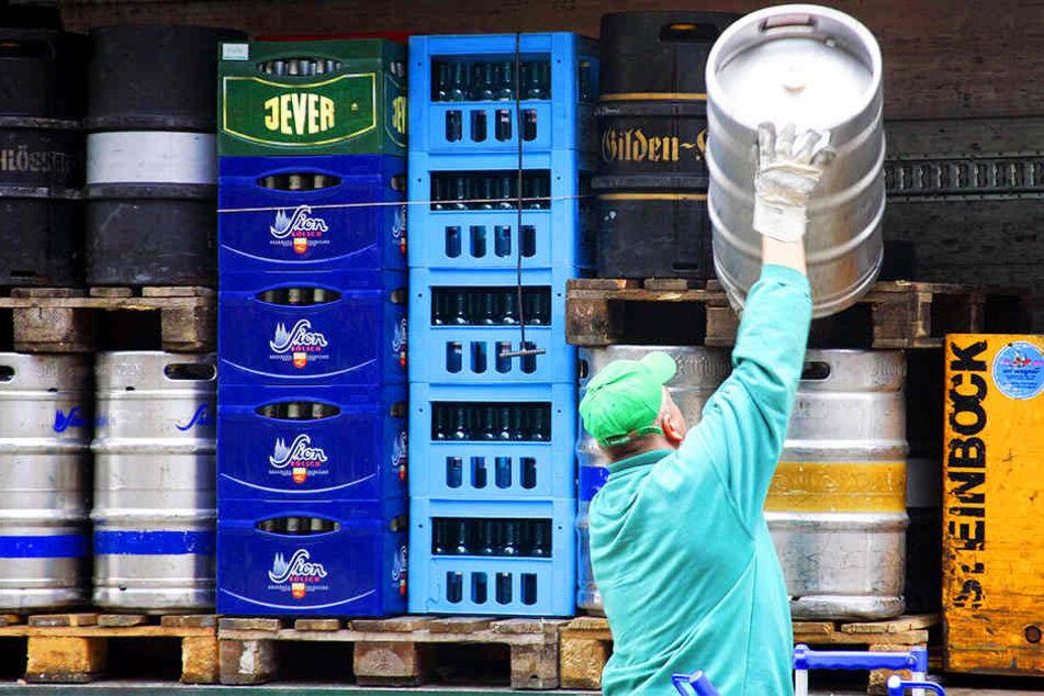 Vorm Landgericht Münster wird heute verhandelt, ob Getränkelieferanten auch an Sonntagen liefern dürfen.
