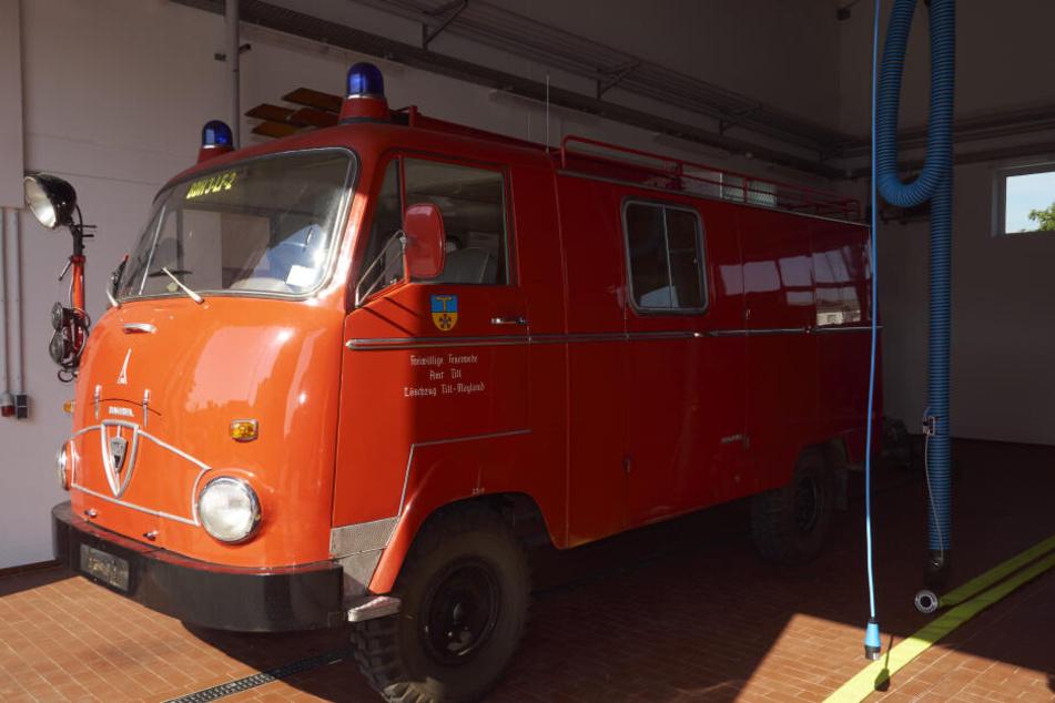 Der Faun-Oldtimer der Feuerwehr wird nach Ägypten verschifft.