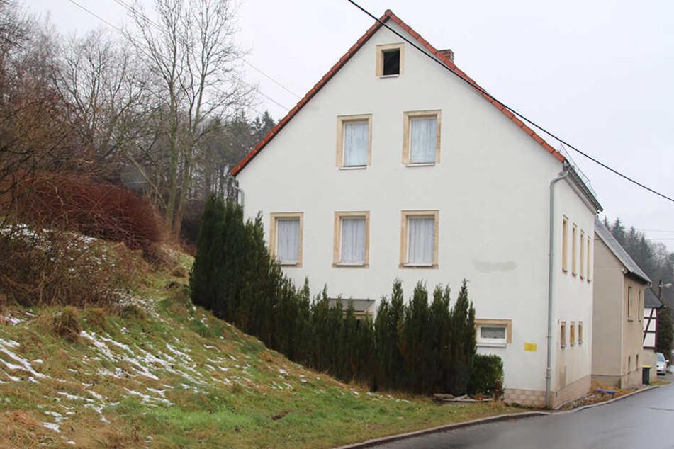 In diesem Haus im Ortsteil Marbach fand die Durchsuchung statt.