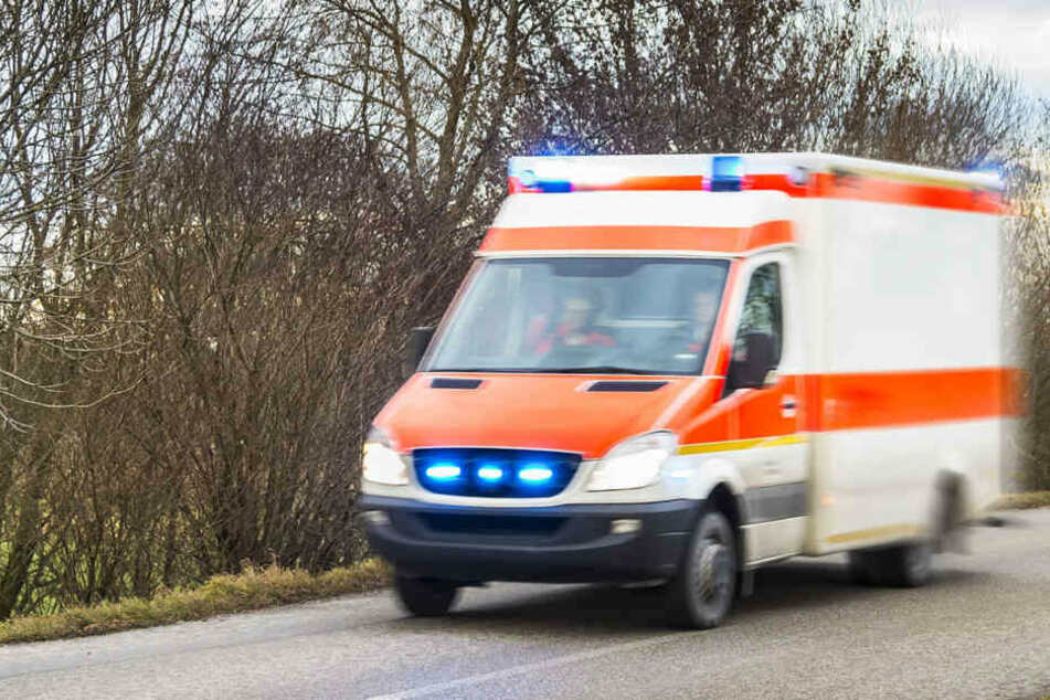 Der 39-jährige Fahrer des BMW verstarb noch an der Unfallstelle (Symbolbild).