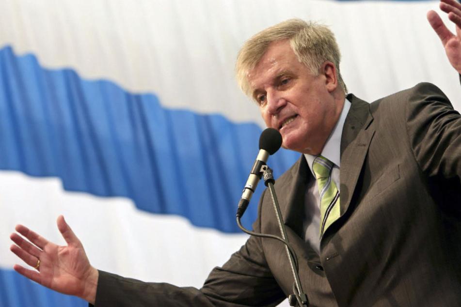 Horst Seehofer (CSU) will in Töging am Inn eine Bierzelt-Rede halten.
