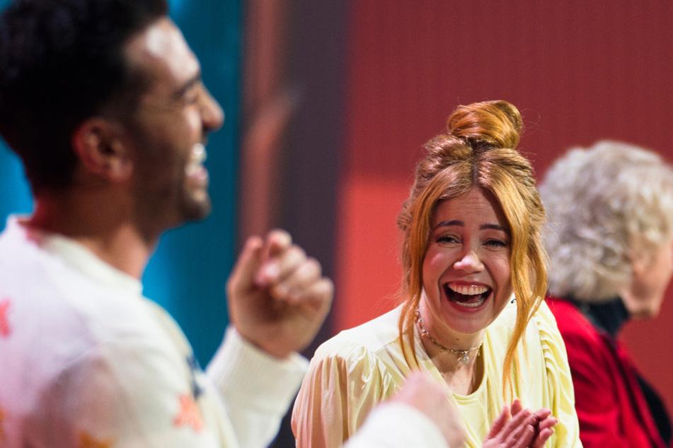 Hatten nur Anfangs gut lachen: Elyas M'Barek (38, l.) und Palina Rojinski (35). (Archiv)